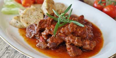 Le gulas, le plat typique tchèque le plus connu à l'étranger